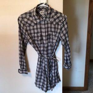 Tunic button down shirt